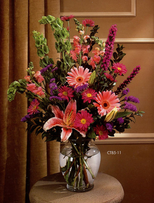 CT85-11 - Floral Arrangement in Vase & Order Flowers \u0026 Gifts Online :: Duggan\u0027s Serra Funeral Home